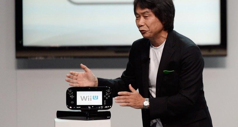 Shigeryu Miyamoto z konsolą Nintendo Wii U /AFP