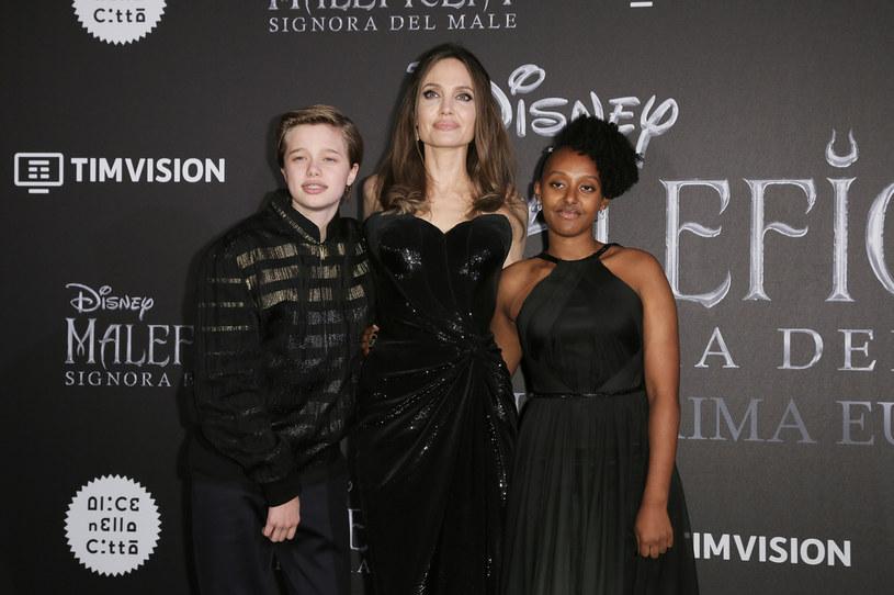 Shiloh Nouvel Jolie-Pitt, Angelina Jolie i Zahara Marley Jolie-Pitt /Ernesto Ruscio/Getty Images /Getty Images