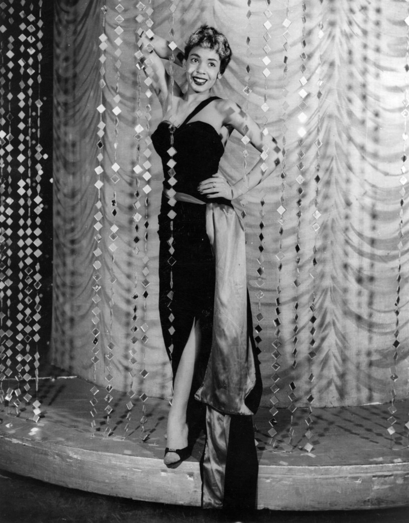 Shirley Bassey w połowie lat 50. /fot. John Pratt/Keystone Features /Getty Images