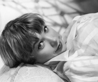 Shirley MacLaine: Co kilka dni spotyka kosmitów