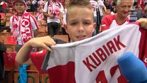 Siatkarskie ME. Kubiak oddał mu swoją koszulkę. Łzy wzruszenia młodego kibica. WIDEO (Polsat Sport)