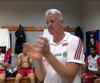 Siatkarskie ME. Vital Heynen ze łzami w oczach. Zobacz mowę trenera reprezentacji w szatni. WIDEO (Polsat Sport)