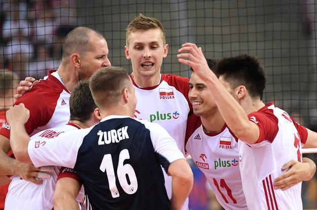 Siatkarze reprezentacji Polski cieszą się podczas meczu turnieju Ligi Narodów z Niemcami /Grzegorz Michałowski   /PAP