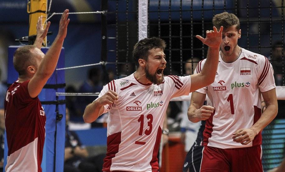 Siatkarze reprezentacji Polski w meczu z Włochami podczas turnieju Final Six Ligi Światowej /Antonio Lacerda /PAP/EPA