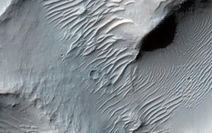 Sieć dolin potwierdza, że na Marsie padał śnieg