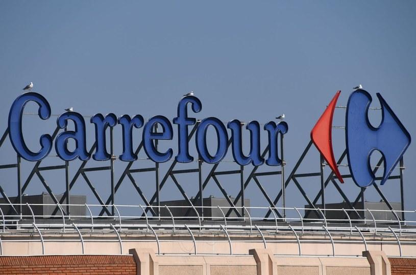 Sieć francuskich supermarketów zmienia strukturę /AFP
