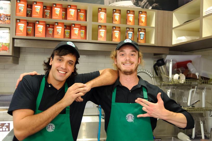 Sieć kawiarń Starbucks będzie płacić więcej /123RF/PICSEL