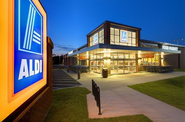 Sieć marketów Aldi w Wielkiej Brytanii wstrzymuje sprzedaż niektórych produktów /©123RF/PICSEL