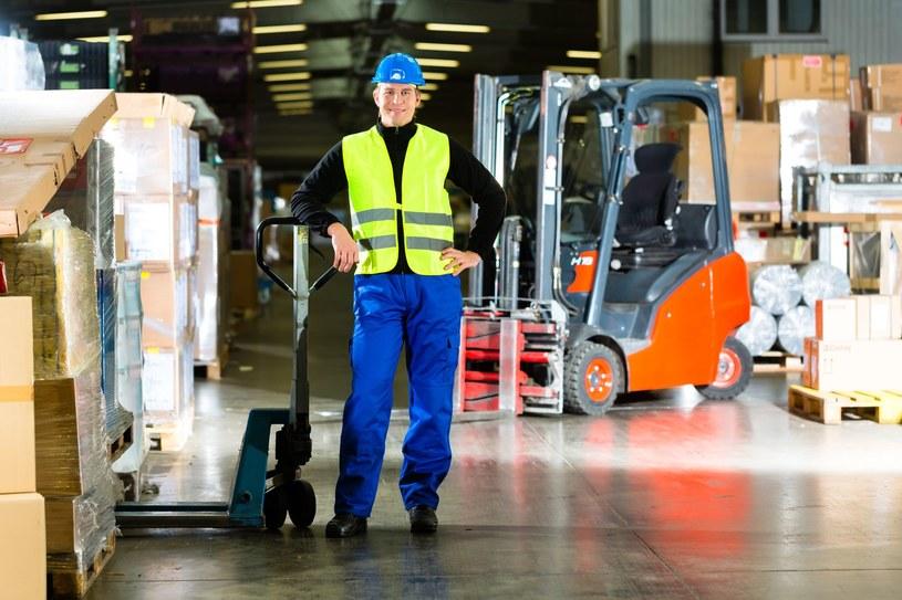 Sieci handlowe w Wielkiej Brytanii budują nowe magazyny i poszukują setek pracowników /123RF/PICSEL