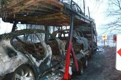 Siedem aut marki BMW spłonęło na lawecie