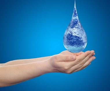 Siedem sposobów na pozbycie się nadmiaru wody z organizmu