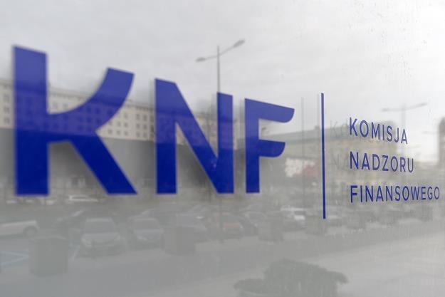 Siedziba KNF. Fot. Łukasz Dejnarowicz /FORUM