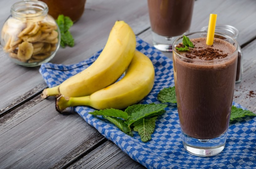 Sięgaj po banany i kakao /©123RF/PICSEL