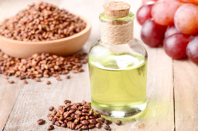 Sięgaj po olej z pestek winogron /123RF/PICSEL