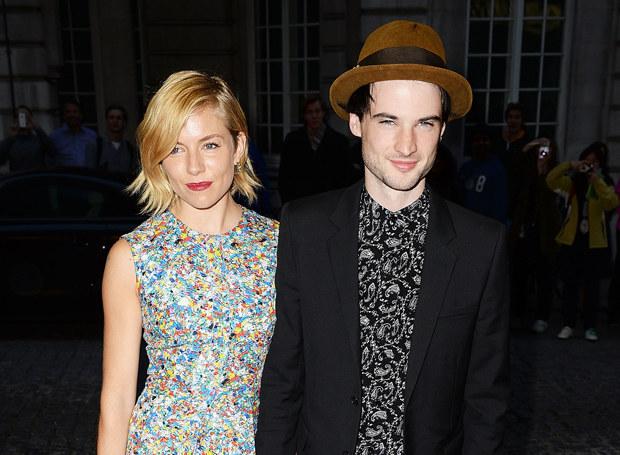 Sienna Miller i Tom Sturridgee /Getty Images