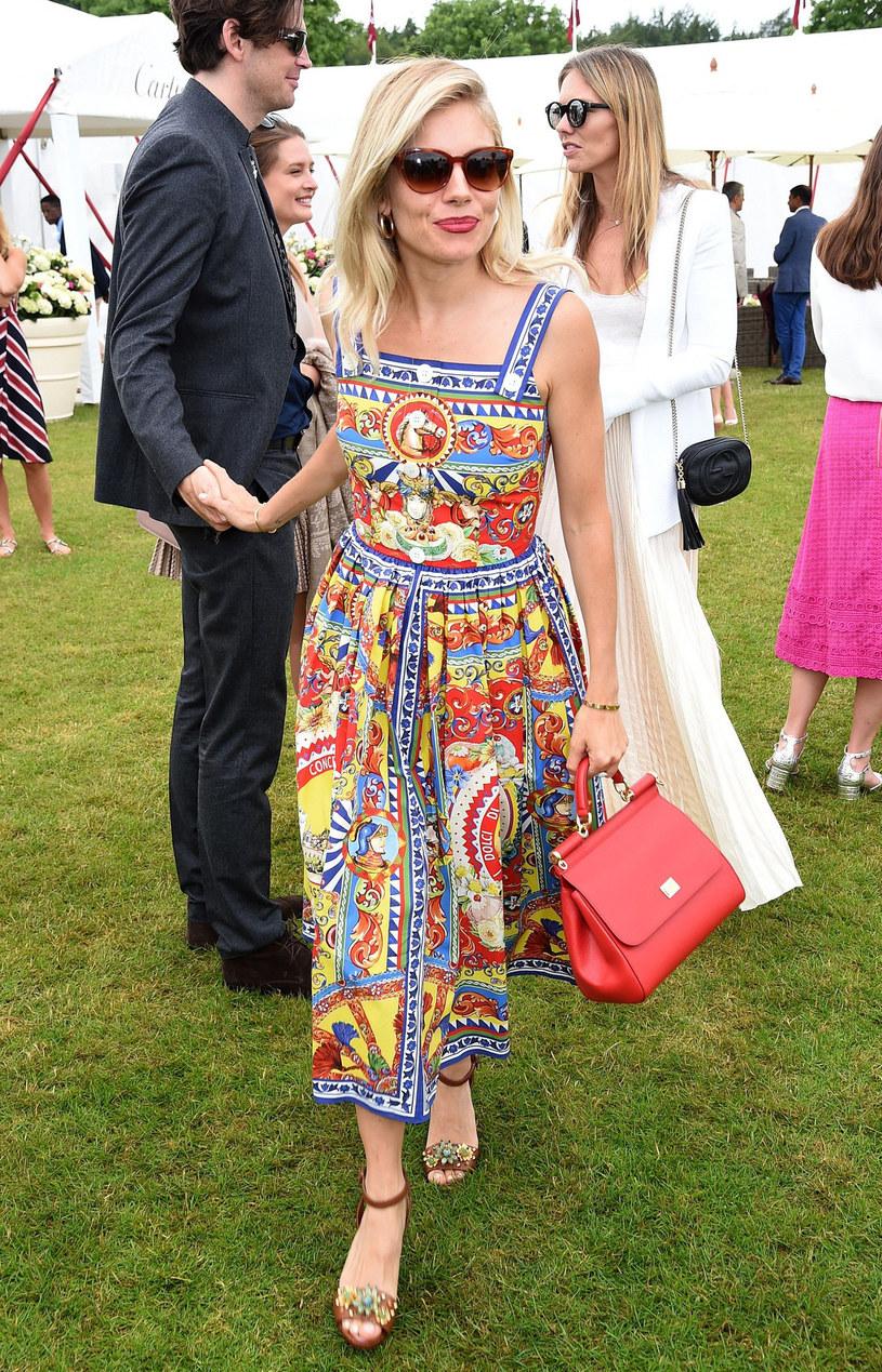 Sienna Miller - jedna z najlepiej ubranych kobiet na świecie /East News
