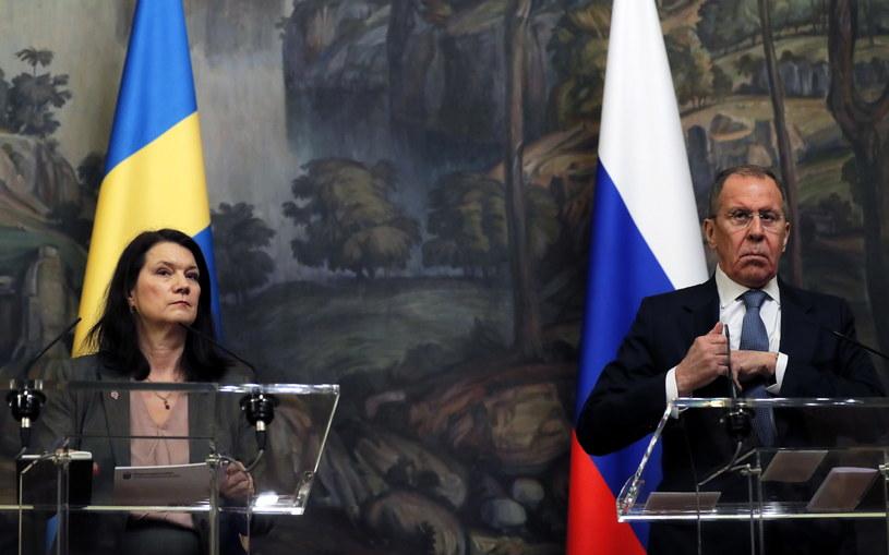 Siergiej Ławrow i Ann Linde /MAXIM SHIPENKOV    /PAP/EPA