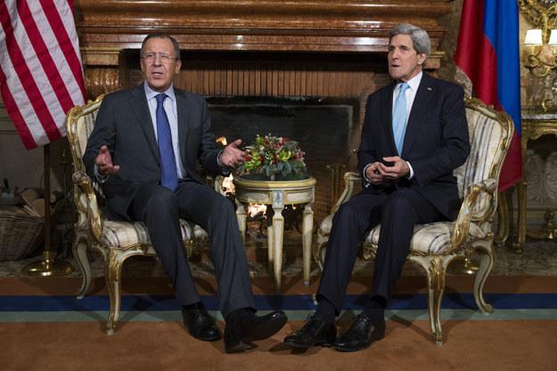 Siergiej Ławrow i John Kerry rozmawiali o Bliskim Wschodzie fot. Evan Vucci /AFP