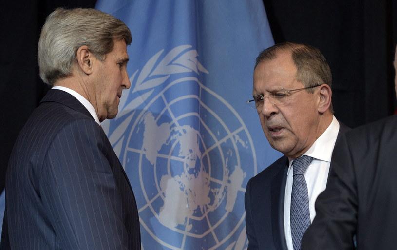 Siergiej Ławrow i John Kerry /PAP/EPA