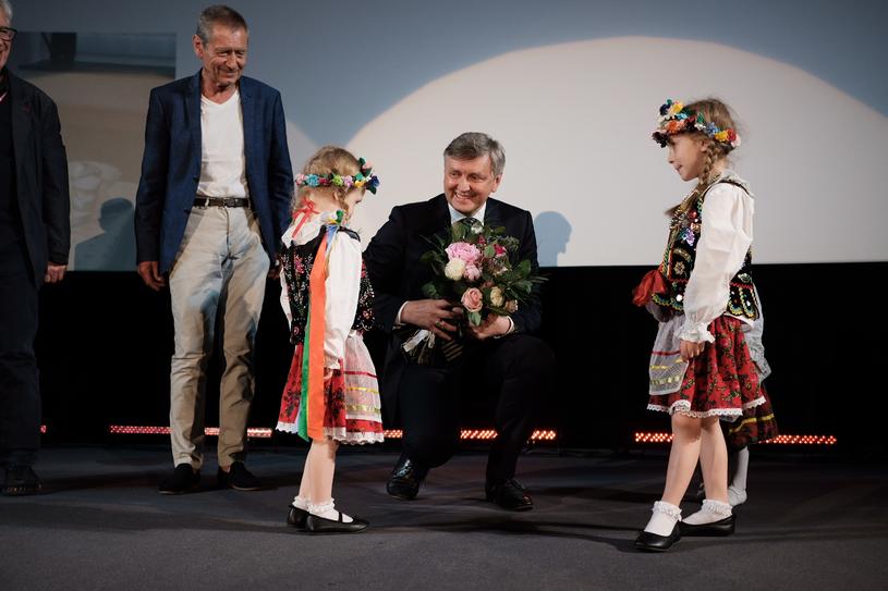 Siergiej Łoźnica odbiera Smoka Smoków w Krakowie, 29 maja 2018 roku /Kamila Szatan / Krakowski Festiwal Filmowy /materiały prasowe
