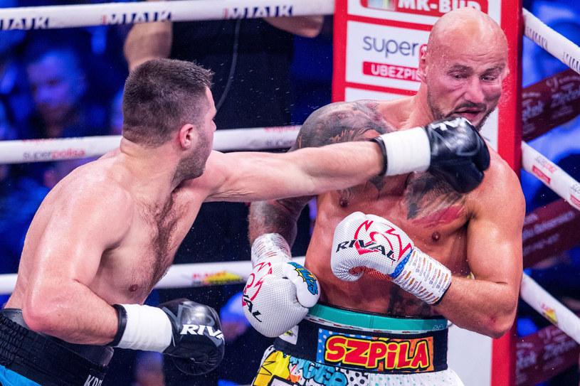 Siergiej Radczenko w pojedynku z Arturem Szpilką /Andrzej Iwańczuk /East News