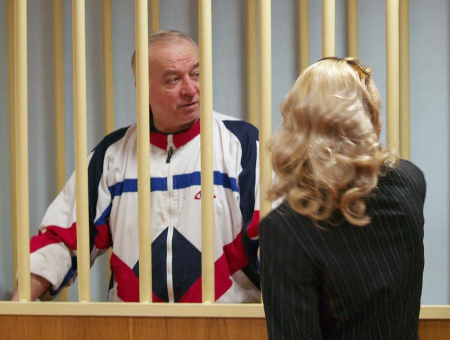 Siergiej Skripal w czasie procesu w 2006 roku, w którym skazany został na 13 lat więzienia za szpiegostwo na rzecz Brytyjczyków /Press Service of Moscow District Military Court/ITAR-TASS /PAP