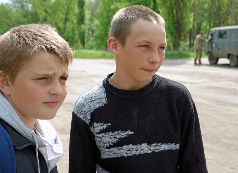 Sierioża i Wiktor, 14-latkowie z Nowosiliewki /Marcin Ogdowski, bezkamuflazu.pl /
