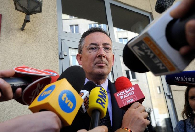 Sierpień 2014 - przesłuchanie w prokuraturze ministra spraw wewnętrznych Bartłomieja Sienkiewicza /Witold Rozbicki /Reporter
