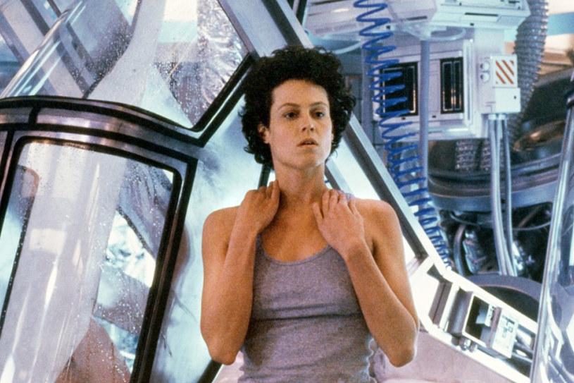 """Sigourney Weaver w """"Obcy- decydujące starcie"""" (1986) /materiały dystrybutora"""