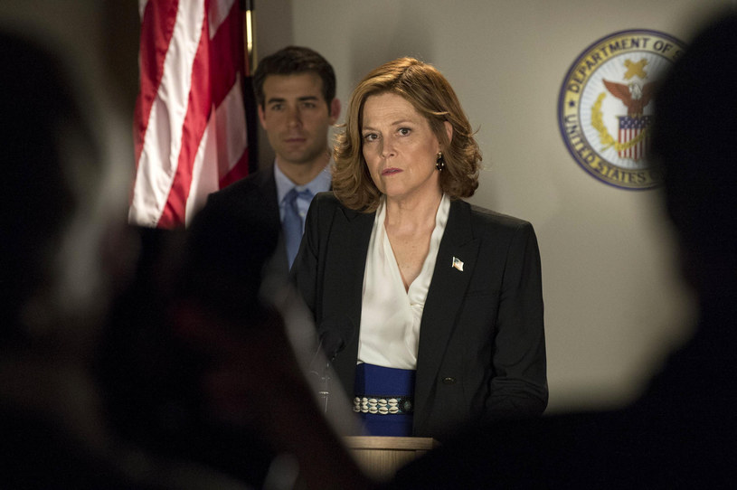 "Sigourney Weaver w serialu ""Political Animals"" /BERLANTI PRODUCTIONS  /East News"