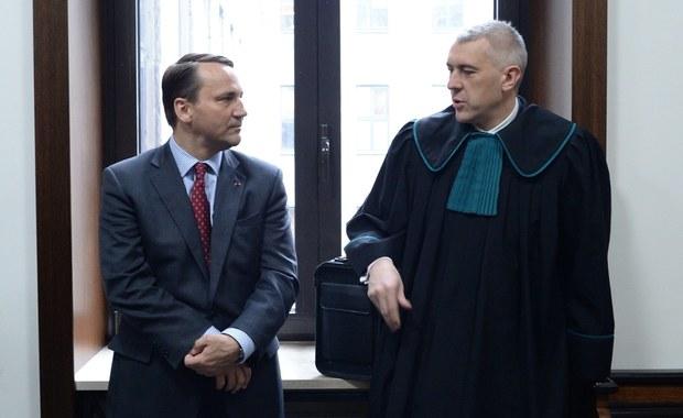 Sikorski o Giertychu: Zatrzymany dzień przed pokazaniem dowodów na uwikłanie rządu PiS w wielki skandal finansowy