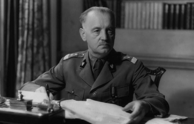 Sikorski, podobnie jak Piłsudski, swoich przeciwników umieścił w obozie /Wikimedia Commons /INTERIA.PL/materiały prasowe