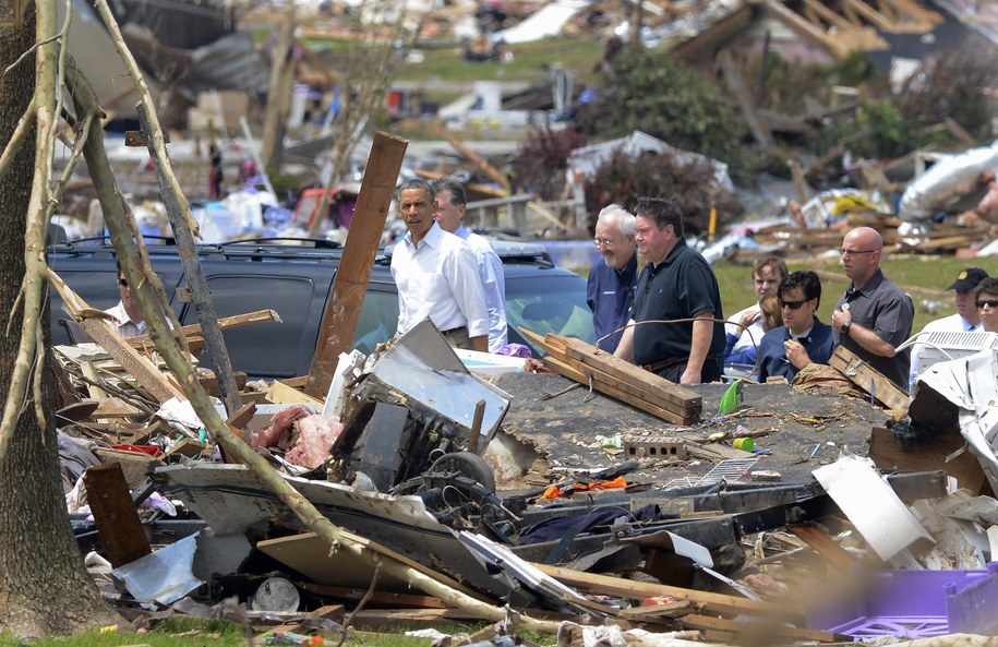 Silne tornado przeszło przez Oklahomę także pod koniec maja. Zginęło wówczas 91 osób /ERIK S. LESSER /PAP/EPA