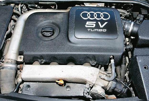 silnik 1.8 Turbo /Motor