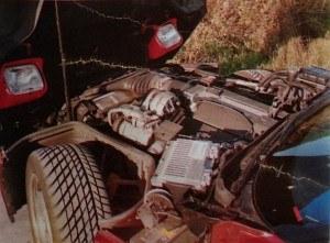 Silnik jest co prawda 16-zaworowy, ale obdzielono nimi 8 cylindrów. Wersję 32-zaworową zwaną ZR1 wykreślono z oferty ze względu na zbyt małe zainteresowanie 400-konnym, znacznie droższym modelem. /Chevrolet