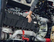 Silnik spalinowy na wodór. Deutz uratuje motoryzację?
