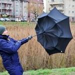 Silny wiatr na południu Polski. IMGW ostrzega