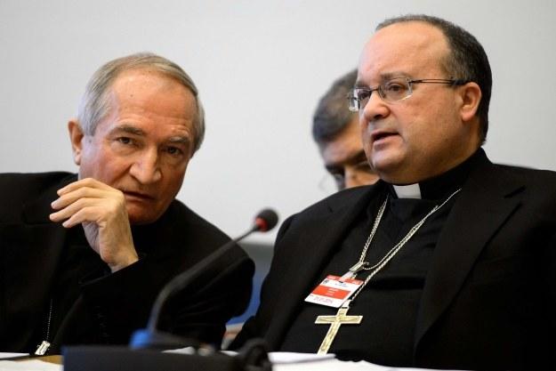Silvano Tomasi i Charles Scicluna podczas przesłuchania w siedzibie ONZ /AFP