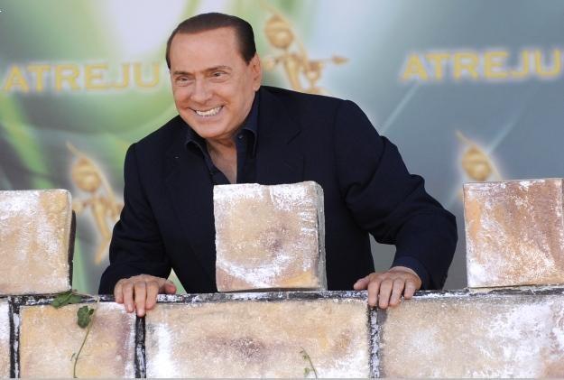 Silvio Berlusconi nie boi się procesu /AFP