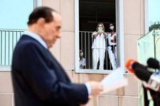"""<a href=""""https://fakty.interia.pl/raporty/raport-koronawirus-chiny/aktualnosci/zdjecie,iId,2947833,iAId,381751"""">Silvio Berlusconi wyleczony z koronawirusa</a> thumbnail  Szczepionka na koronawirusa. Naukowcy z Poznania opracowali prototyp 000AHQIK0PLSAY3J C307"""