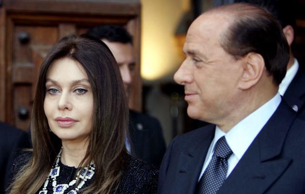 Silvio Berlusconi z żoną  /AFP