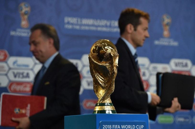Silvio Gazzaniga jest autorem trofeum za wygranie piłkarskich MŚ /AFP