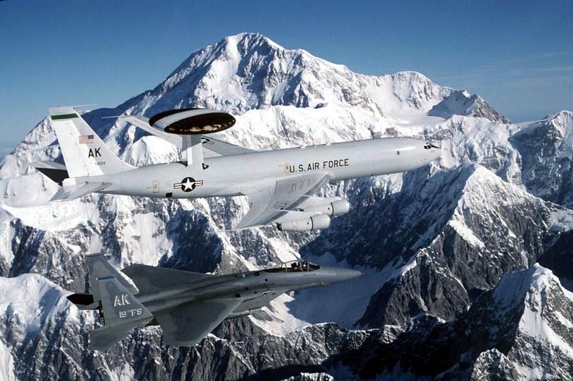 Siły USA utraciły dominację w zakresie walki w spektrum elektromagnetycznym. /AFP