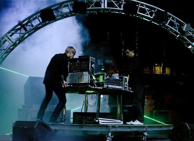 Simian Mobile Disco na scenie /Oficjalna strona zespołu