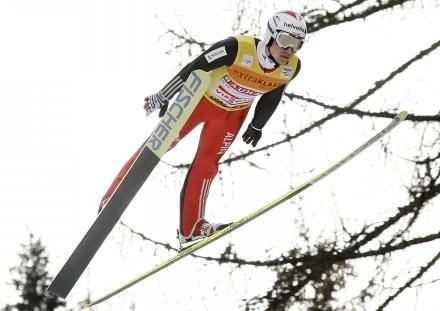 Simon Ammann, lider klasyfikacji generalnej PŚ /AFP