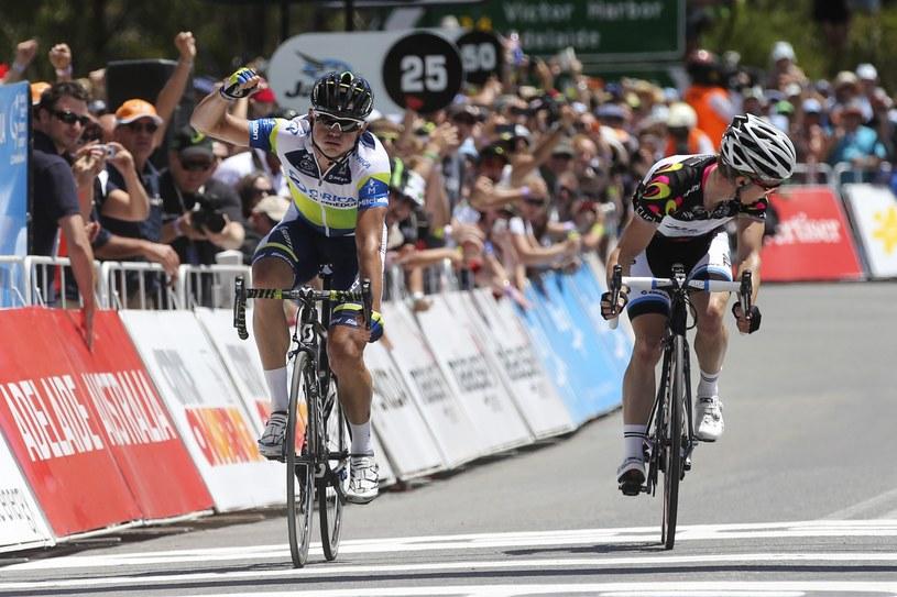 Simon Gerrans wyprzedził na finiszu Toma Slagtera /AFP