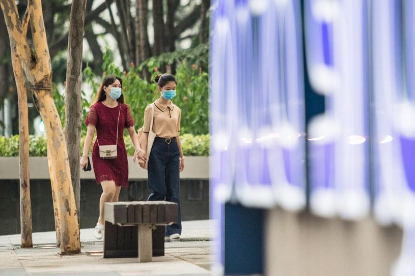 Singapur zaszczepił ponad połowę populacji /Louis KWOK /AFP