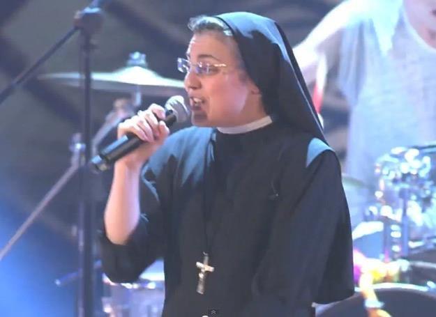 Siostra Cristina Scuccia zaśpiewała przebój Bon Jovi /