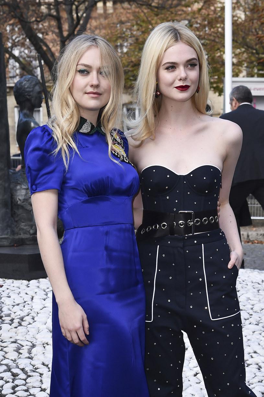 Siostry Dakota i Elle Fanning po latach /Jacopo Raule /Getty Images