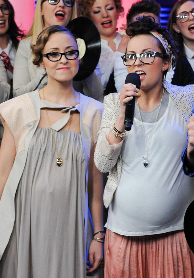 Siostry Przybysz urodzą razem? /MWMedia